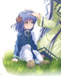 2boys bangs black_hair blue_hair brown_footwear cape child grass green_eyes gyokutei_shinjin hair_between_eyes hand_on_another's_head horns houshin_engi long_hair male_focus moai_(aoh) multiple_boys pants sitting sitting_on_ground white_background white_pants youzen