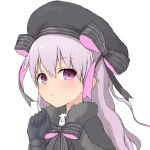 1girl bangs beret black_bow black_capelet black_gloves black_hat blush bow capelet closed_mouth eyebrows_visible_through_hair fate/extra fate_(series) fur-trimmed_capelet fur_trim gloves hair_between_eyes hand_up hat hat_bow highres long_hair nursery_rhyme_(fate/extra) purple_hair simple_background solo striped striped_bow upper_body violet_eyes white_background yakihebi