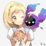 1girl blonde_hair closed_mouth cosmog creatures_(company) dated game_freak gen_7_pokemon green_eyes highres lillie_(pokemon) long_hair malasada nintendo one_eye_closed pokemon pokemon_(creature) pokemon_(game) pokemon_sm ponytail ririmon shirt short_sleeves simple_background smile upper_body white_background white_shirt