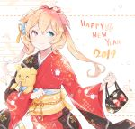 1girl animal animal_ears animal_hug bag bangs black_kimono blonde_hair blue_eyes blush bow chinese_zodiac closed_mouth commentary_request cpqm egasumi eyebrows_visible_through_hair floral_print hair_between_eyes hair_bow handbag happy_new_year heterochromia highres holding holding_bag japanese_clothes kimono long_hair long_sleeves multicolored multicolored_clothes multicolored_kimono nengajou new_year obi original pig pig_ears print_kimono red_bow red_eyes red_kimono sash smile solo twintails wide_sleeves year_of_the_pig