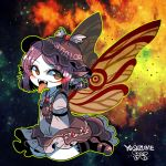 1girl alternate_wings butterfly_wings character_name dress eyebrows_visible_through_hair fangs frilled_skirt frills green_eyes green_outline hat long_sleeves looking_at_viewer mystia_lorelei no_nose open_mouth pink_footwear pink_hair purple_footwear short_hair sitting skirt smile solo tongue tongue_out touhou wariza wings yt_(wai-tei)