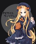 1girl abigail_williams_(fate/grand_order) alternate_eye_color bangs beret black_bow black_dress black_hat blonde_hair bloomers blush bow bug butterfly character_name commentary_request dress eyebrows_visible_through_hair fate/grand_order fate_(series) fingernails forehead green_eyes grey_background hair_bow hand_up hat insect long_hair long_sleeves looking_at_viewer object_hug orange_bow parted_bangs parted_lips polka_dot polka_dot_bow sleeves_past_fingers sleeves_past_wrists solo sonabi_(misty_alice) stuffed_animal stuffed_toy teddy_bear two-tone_background underwear very_long_hair white_bloomers