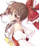 1girl bangs bare_shoulders bow breasts brown_eyes brown_hair detached_sleeves eyebrows_visible_through_hair frilled_bow frilled_shirt_collar frills hair_between_eyes hair_bow hair_tubes hakurei_reimu head_tilt highres kizitora_hato long_hair long_sleeves looking_at_viewer ponytail red_bow red_skirt ribbon-trimmed_sleeves ribbon_trim sarashi sidelocks silhouette simple_background skirt skirt_set small_breasts smile solo touhou upper_body white_background wide_sleeves yellow_bow yellow_neckwear
