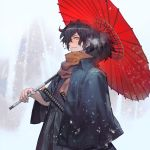 1boy bangs black_hair black_kimono buttons commentary commentary_request fate/grand_order fate_(series) fog hair_over_one_eye hakama haori highres holding holding_umbrella japanese_clothes katana kimono lack light long_sleeves looking_at_viewer male_focus multiple_swords okada_izou_(fate) orange_scarf ponytail red_umbrella scarf sheath sheathed smile snow solo sword umbrella upper_body weapon yellow_eyes