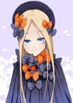 1girl abigail_williams_(fate/grand_order) aiai_(hidetti) black_bow black_hat blonde_hair blue_eyes bow eyebrows_visible_through_hair fate/grand_order fate_(series) hair_bow hat long_hair looking_at_viewer orange_bow polka_dot polka_dot_bow purple_background smile solo