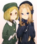 2girls abigail_williams_(fate/grand_order) bangs black_bow black_dress black_hat blonde_hair blue_eyes blush bow brown_background brown_eyes brown_shirt closed_mouth collared_shirt commentary_request dress eyebrows_visible_through_hair fate/grand_order fate_(series) forehead gloves gradient gradient_background green_hat green_jacket grey_gloves hair_bow hat highres jacket long_hair long_sleeves looking_at_viewer multiple_girls orange_bow parted_bangs parted_lips paul_bunyan_(fate/grand_order) polka_dot polka_dot_bow shirt short_hair sleeves_past_fingers sleeves_past_wrists sweat uno_ryoku upper_body very_long_hair
