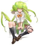>_< 1girl absurdres antennae arms_between_legs black_legwear blush borrowed_character bow bowtie brown_footwear brown_skirt closed_eyes clothes_around_waist collared_shirt commentary dress_shirt green_hair green_sweater highres insect_girl insect_wings kneehighs loose_bowtie mantis mantis_akiyama medium_hair nurumi orange_neckwear original parasite plaid plaid_skirt pleated_skirt school_uniform shirt shoes sitting skirt sleeves_folded_up smile solo sweater sweater_around_waist white_background white_shirt wing_collar wings worms