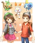 >_< 1boy 1girl 2578221183 :d absurdres backpack bag bangs beanie blue_eyes blush brown_eyes brown_hair cardigan closed_eyes closed_mouth commentary_request cowboy_shot creatures_(company) d: eyebrows eyebrows_visible_through_hair facing_viewer female_protagonist_(pokemon_swsh) game_freak gen_8_pokemon green_hat grookey hair_between_eyes hat highres holding holding_poke_ball long_sleeves looking_at_viewer male_protagonist_(pokemon_swsh) nintendo open_mouth poke_ball poke_ball_(generic) pokemon pokemon_(creature) pokemon_(game) pokemon_swsh red_shirt scorbunny shiny shiny_hair shirt short_hair simple_background smile sobble standing star tam_o'_shanter upper_teeth xd