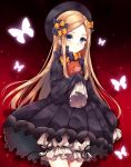 1girl abigail_williams_(fate/grand_order) black_background black_bow black_dress black_headwear black_ribbon blue_eyes bow bug butterfly cowboy_shot dress fate/grand_order fate_(series) gothic_lolita gradient gradient_background hair_bow hat highres holding holding_stuffed_animal insect lolita_fashion looking_at_viewer multiple_hair_bows nazuna_shizuku orange_bow parted_lips polka_dot polka_dot_bow puffy_shorts red_background ribbon short_shorts shorts shorts_under_dress sleeves_past_fingers sleeves_past_wrists solo standing stuffed_animal stuffed_toy teddy_bear two-tone_background white_shorts
