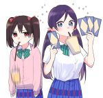 2girls anno_(sakana32929) black_hair breast_envy bubble_tea_challenge card green_eyes love_live! love_live!_school_idol_project multiple_girls otonokizaka_school_uniform purple_hair red_eyes school_uniform toujou_nozomi twintails yazawa_nico