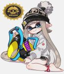 1girl anklet bangs barefoot black_shorts blue_eyes blunt_bangs blush bobblehat closed_mouth commentary domino_mask full_body grey_background grey_hair grey_headwear grey_sweater gym_shorts holding holding_weapon inkling inkling_(language) jewelry logo long_hair long_sleeves looking_at_viewer maco_spl mask paint pointy_ears short_shorts shorts simple_background sitting slosher_(splatoon) smile solo splatoon_(series) splatoon_2 sweater tentacle_hair weapon