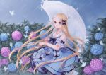 1girl abigail_williams_(fate/grand_order) bangs bare_shoulders black_bow blonde_hair blue_dress blue_eyes blue_flower bow bug butterfly collarbone commentary_request dress dress_bow fate/grand_order fate_(series) flower hair_bow highres holding holding_umbrella insect long_hair orii_(fsgp5252) parted_bangs pink_flower rain short_sleeves standing umbrella very_long_hair white_bow