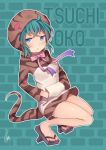 1girl bare_legs blue_eyes blush character_name frown full_body geta green_hair hands_in_pockets hatagaya hood hood_up hoodie kemono_friends long_sleeves looking_at_viewer neck_ribbon outline pink_ribbon ribbon signature snake_tail solo striped_hoodie striped_tail tail tengu-geta tsuchinoko_(kemono_friends) white_outline