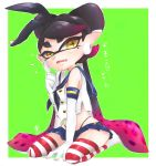 +_+ 1girl aori_(splatoon) black_hair black_hairband black_panties cosplay domino_mask elbow_gloves finger_to_cheek full_body gloves green_background hairband highleg highleg_panties highres kantai_collection kneeling long_hair looking_at_viewer mask microskirt midriff mole mole_under_eye multicolored_hair okome_2g2g panties pleated_skirt purple_hair sailor_collar school_uniform serafuku shimakaze_(kantai_collection) shimakaze_(kantai_collection)_(cosplay) shirt skirt sleeveless solo splatoon_(series) striped striped_legwear tentacle_hair thigh-highs underwear white_earrings white_gloves yellow_eyes