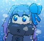 1girl bangs blue_eyes blue_ribbon blush chibi coat eyebrows_visible_through_hair fate/extra fate/extra_ccc fate_(series) fur_trim hair_ribbon meltryllis purple_hair ribbon snow solo tenk winter_clothes winter_coat