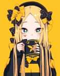 1girl abigail_williams_(fate/grand_order) bangs black_bow black_headwear black_sweater blonde_hair blue_eyes blush bow butterfly_tattoo coffee_mug cup drinking fate/grand_order fate_(series) forehead hair_bow hat highres keyhole long_hair long_sleeves looking_at_viewer mug multiple_bows parted_bangs polka_dot polka_dot_bow simple_background solo sparkle striped striped_sweater sweater symbol-shaped_pupils tattoo tyureu yellow_background yellow_bow yellow_nails
