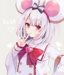 1girl 2020 animal_ears bangs bow commentary_request eyebrows_visible_through_hair frilled_sleeves frills granblue_fantasy grey_background hair_bow heart long_sleeves looking_at_viewer mayachi_(amuriya) mouse_ears parted_lips red_bow red_eyes shirt silver_hair simple_background sleeves_past_wrists solo striped striped_bow upper_body v vikala_(granblue_fantasy) white_shirt