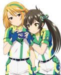 2girls bangs belt belt_buckle black_belt black_hair blue_gloves blush bow brown_eyes brown_hair buckle cellphone closed_mouth collarbone eyebrows_behind_hair fingerless_gloves gloves green_bow hair_between_eyes hair_bow holding holding_phone idolmaster idolmaster_cinderella_girls long_hair matoba_risa mattaku_mousuke multiple_girls phone shirt short_shorts short_sleeves shorts simple_background twintails very_long_hair white_background white_shirt white_shorts yuuki_haru