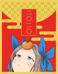 1girl 2020 asakaze_(kantai_collection) blue_bow blue_eyes blush bow closed_mouth food food_on_head fruit fruit_on_head fujinoki_(horonabe-ken) hair_bow kantai_collection light_brown_hair long_hair new_year object_on_head orange solo