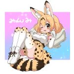 1girl animal_ears backpack backpack_removed bag bare_shoulders blonde_hair bow bowtie commentary_request elbow_gloves extra_ears eyebrows_visible_through_hair gloves gradient gradient_gloves gradient_legwear high-waist_skirt highres kemono_friends one_eye_closed print_gloves print_legwear print_neckwear print_skirt ransusan serval_(kemono_friends) serval_ears serval_girl serval_print serval_tail shirt short_hair skirt sleeveless solo tail thigh-highs translation_request white_gloves white_legwear white_shirt yellow_eyes zettai_ryouiki
