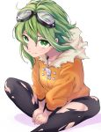 1girl black_legwear coat commentary fur-trimmed_coat fur_trim goggles goggles_on_head green_eyes green_hair gumi hands_on_feet highres jinsei_reset_button_(vocaloid) looking_at_viewer orange_coat short_hair sitting smile solo thigh-highs torn_clothes torn_legwear vocaloid yuja0119 zipper_pull_tab