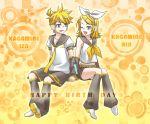 blonde_hair detached_sleeves kagamine_len kagamine_rin short_hair siblings twins vocaloid