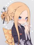 1girl abigail_williams_(fate/grand_order) alternate_hairstyle bangs black_kimono blue_eyes blush braid braided_bun closed_mouth fate/grand_order fate_(series) forehead gamuo grey_background hair_bun hair_ornament hands_together japanese_clothes kimono long_hair obi parted_bangs sash sidelocks simple_background solo upper_body wide_sleeves yukata