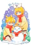 1boy 1girl artist_name blonde_hair blue_eyes blush boots bow branch brother_and_sister brown_shorts brown_sweater closed_mouth commentary dated dated_commentary full_body fur-trimmed_boots fur_trim hair_between_eyes hair_bow hair_ornament hairclip hat kagamine_len kagamine_rin kariki_hajime one_knee open_mouth red_footwear red_scarf scarf short_hair shorts siblings smile snow snowing snowman standing sweater twins vocaloid wavy_mouth white_background white_bow winter