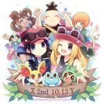 2girls 3boys :> :d black_hair blonde_hair blue_eyes brown_hair calme_(pokemon) chespin closed_mouth commentary_request confetti copyright_name eyewear_on_headwear fennekin froakie gen_6_pokemon hat kokoroko leaf lowres multiple_boys multiple_girls open_mouth orange_hair pink_headwear pokemon pokemon_(creature) pokemon_(game) pokemon_xy sana_(pokemon) serena_(pokemon) smile starter_pokemon starter_pokemon_trio sunglasses tierno_(pokemon) tongue toroba_(pokemon) violet_eyes watermark