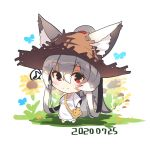 1girl animal_ear_fluff animal_ears bag bangs barefoot blush brown_headwear bug butterfly chibi closed_mouth dated dress ears_through_headwear eyebrows_visible_through_hair flower fox_ears fox_girl fox_tail full_body grey_hair hair_between_eyes hair_rings hat high_ponytail highres insect long_hair long_sleeves looking_at_viewer musical_note original ponytail red_eyes shoulder_bag smile solo spoken_musical_note standing straw_hat tail very_long_hair white_background white_dress wide_sleeves yellow_flower yuuji_(yukimimi)