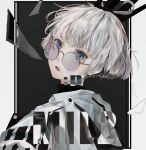 1boy absurdres bishounen blue_eyes crown emoticon fang glass_shards glasses highres looking_at_viewer looking_back mile_(mil2) open_mouth original round_eyewear silver-framed_eyewear silver_hair solo upper_body white_hoodie