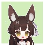 animal_ears atelier_live bow chai_(yueko_(jiayue_wu)) chibi crescent crescent_earrings earrings english_commentary green_background indie_virtual_youtuber jewelry lowres open_mouth shirt virtual_youtuber white_shirt yueko_(jiayue_wu)