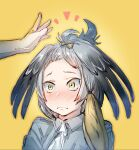 >:( /\/\/\ 1girl ahoge alternate_hairstyle bangs bangs_pinned_back bird_wings black_hair blonde_hair blush bow bow_(bhp) closed_mouth collared_shirt embarrassed feathered_wings forehead frown green_eyes grey_shirt hair_bow hands head_wings kemono_friends low_ponytail medium_hair multicolored_hair necktie nervous nose_blush out_of_frame shirt shoebill_(kemono_friends) short_sleeves silver_hair simple_background solo_focus upper_body v-shaped_eyebrows wavy_mouth white_neckwear wide-eyed wings yellow_background yellow_bow