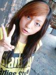 maya t-shirt two-tone_hair