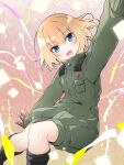 1girl bangs black_footwear black_gloves blonde_hair blue_eyes bob_cut boots confetti eyebrows_visible_through_hair fang floating girls_und_panzer gloves green_jumpsuit highres insignia jumpsuit katyusha_(girls_und_panzer) long_sleeves looking_at_viewer military military_uniform open_mouth outstretched_arms pravda_military_uniform short_hair short_jumpsuit skin_fang smile solo spread_arms streamers uniform vri_(tinder_box)