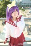 cosplay hair_bow hiiragi_tsukasa lucky_star photo purple_hair rindou_sana sailor_uniform school_uniform