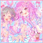 2girls absurdres bangs blush bow brown_hair double_v dress fang hair_bow hand_up highres kotoppe_neko long_hair looking_at_viewer multiple_girls one_eye_closed open_mouth original outline pink_hair red_bow ribbon short_sleeves signature smile upper_body v white_outline