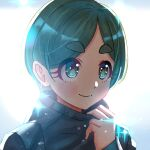1girl aqua_eyes backlighting blush eyebrows_visible_through_hair futomayu-chan_(sinohira_rin) green_hair hand_up original portrait short_hair sinohira_rin solo sparkle
