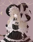 1girl black_dress blonde_hair broom chii_(pp0) cowboy_shot dress expressionless flat_chest hat highres holding holding_broom kirisame_marisa long_hair purple_background simple_background solo touhou very_long_hair wavy_hair witch_hat yellow_eyes