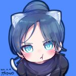 1girl animal_ear_fluff animal_ears apex_legends artist_name bangs black_bodysuit blue_background blue_eyes bodysuit cat_ears cat_tail chibi dated eyebrows_visible_through_hair hair_bun kemonomimi_mode leaning_forward looking_at_viewer parted_bangs pout purple_scarf scarf solo tail whiskers wraith_(apex_legends) yukimiya_usagi