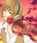 1boy bangs brown_hair brown_vest closed_mouth clouds collared_shirt commentary_request eyebrows_visible_through_hair flower flower_in_mouth green_hairband hair_between_eyes hairband instrument looking_at_viewer male_focus minstrel_(ragnarok_online) nia_(littlestars) pointy_ears ragnarok_online red_eyes red_flower red_sky rose shirt short_hair sky smile solo upper_body vest violin white_shirt