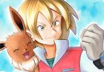 1boy bangs blonde_hair blue_background bracelet clenched_hand closed_mouth commentary_request eevee gloves green_eyes green_shirt grey_gloves hair_between_eyes hand_up jacket jewelry male_focus oka_mochi on_shoulder pokemon pokemon_(anime) pokemon_(creature) pokemon_bw_(anime) pokemon_on_shoulder popped_collar red_jacket shirt short_hair smile traditional_media virgil_(pokemon)