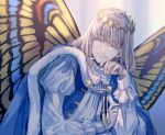 1boy blue_cape butterfly_wings cape closed_eyes closed_mouth diamond_hairband fairy fate/grand_order fate_(series) fur-trimmed_cape fur_trim hand_up medium_hair oberon_(fate) shichimi_(ftlvampire32) silver_hair smile solo upper_body wings