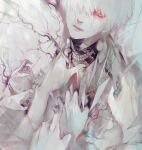 1boy bangs commentary_request grabbing grey_background hair_over_one_eye highres kaneki_ken koujima_shikasa looking_at_viewer male_focus mask mask_removed mouth_mask multicolored multicolored_background multiple_others pale_skin red_eyes short_hair solo_focus tears teeth_print tokyo_ghoul upper_body white_hair