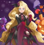 1girl bare_shoulders black_choker black_dress black_shorts blonde_hair blue_eyes boots caitlin_(pokemon) choker closed_mouth commentary_request detached_sleeves dress eyelashes from_below hair_ornament hair_tie hand_up highres jack-o'-lantern jewelry long_hair long_sleeves looking_at_viewer official_alternate_costume pikachu pokemon pokemon_(creature) pokemon_(game) pokemon_masters_ex red_footwear ring sableye shiny shiny_clothes shirogane_(shirogane_eishi)) shorts shorts_under_dress split_mouth themed_object thigh-highs thigh_boots tied_hair