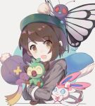 1girl :d absurdres bangs blue_eyes bow brown_eyes brown_hair butterfree chinese_commentary closed_mouth drifblim eyebrows_visible_through_hair fangs gloria_(pokemon) grey_hoodie grookey hat highres hood hood_down hoodie hug idass_(idass16) long_sleeves looking_at_viewer open_mouth pink_bow pokemon pokemon_(creature) pokemon_(game) pokemon_swsh short_hair sidelocks simple_background smile solo sprout sylveon two-tone_background two-tone_bow upper_body wailord white_background