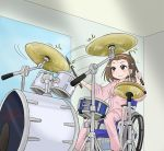 brown_hair drum drum_set drumsticks edasaki_banri hairband highres instrument k-on! look-alike pajamas satou_satomi seiyuu_connection short_hair sitting tainaka_ritsu to_aru_kagaku_no_railgun to_aru_majutsu_no_index tokidome_zamao wheelchair