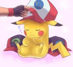 1boy baseball_cap fingerless_gloves gloves hat holding leaning_back pikachu pokemon pokemon_(anime) satoshi_(pokemon) sitting sleeping smile turizao