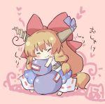 barefoot belt blonde_hair blush bow chibi fang gourd hair_bow hanuu_(kemomiku) horns hug ibuki_suika long_hair oni solo touhou