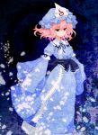 hat highres ikeda_jun_(aquaqua) long_sleeves petals pink_hair red_eyes saigyouji_yuyuko short_hair smile solo standing touhou triangular_headpiece wide_sleeves